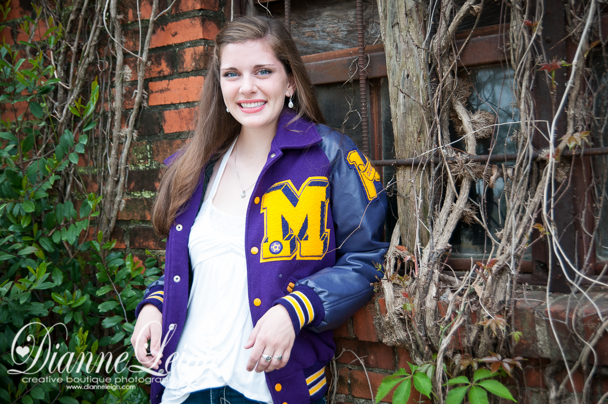 Senior, Dianne Leigh Photography, Senior Photography, Senior Photography, Montgomery, Montgomery Bears