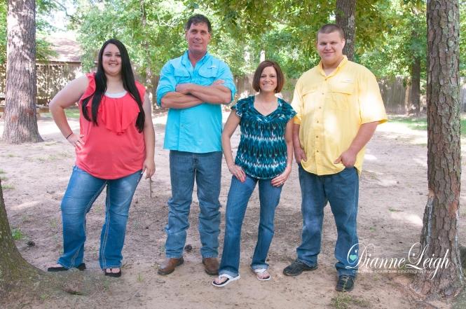 conroe_family_backyard_portrait_pic01