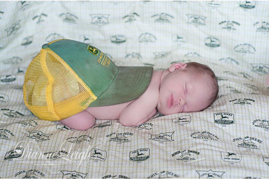 newborn portrait photographer montgomery texas wyatt 003