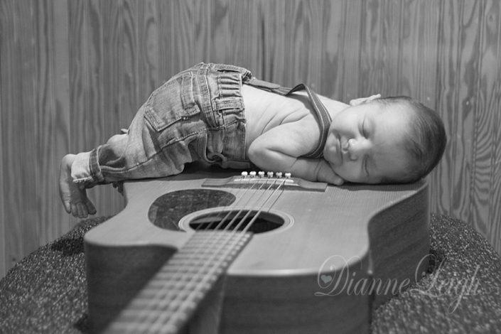 Montgomery Newborn Photographer | Noah