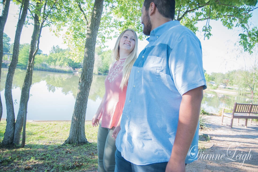 Fernland Park, Montgomery, Texas Engagement | Holly + Luis